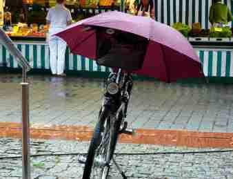motivos-para-ir-en-bici-al-trabajo-con-lluvia