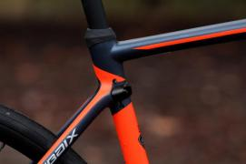 specialized-roubaix-expert-seat-tube-junction