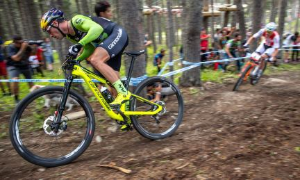 2019-Cannondale-Scalpel-Si-XC-bike-with-Lefty-Ocho-fork_Vallnord-racing